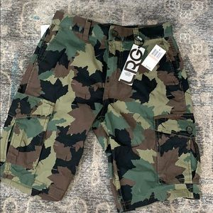 Other - NEW Camo Men 28 Short Designer Lifted Research w/T